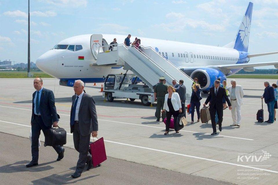 Летели отдельно: Лукашенко не взял министров на свой борт (фото) - фото 59633