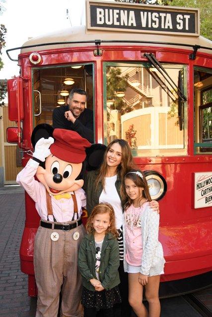 Джессика Альба с семьей: фото - фото 58556