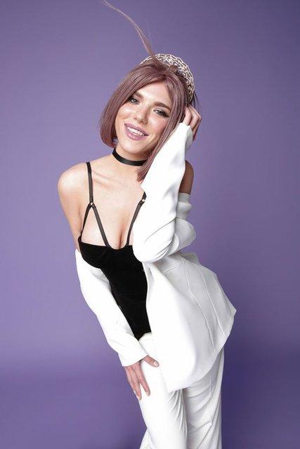 Ассоль снялась в секси-фотосете для рекламы сингла - фото 60553