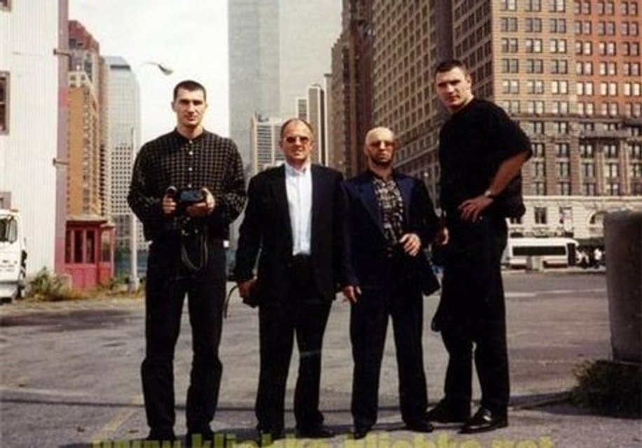 Братья Кличко и Виктор Рыбалко в Нью-Йорке - фото 58918