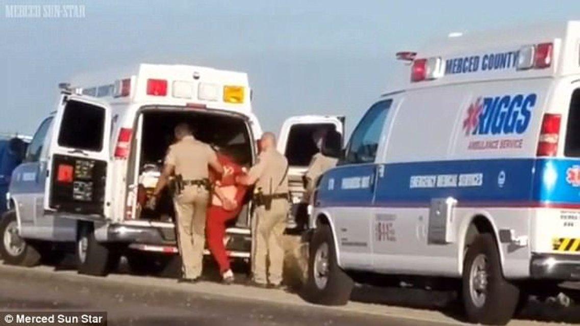 Пьяная американка попала в ДТП и убила свою сестру - фото 60431