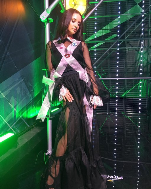 Денисова на съемках российского шоу - фото 55626