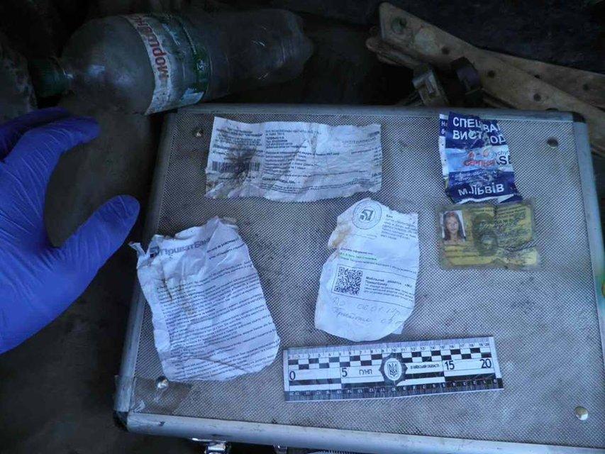 В Киевской области нашли 40 т львовского мусора - фото 58391