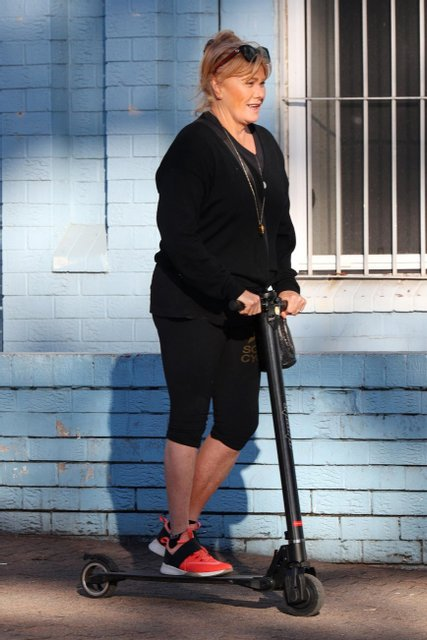 Деборра Ли Фернесс - фото 61712