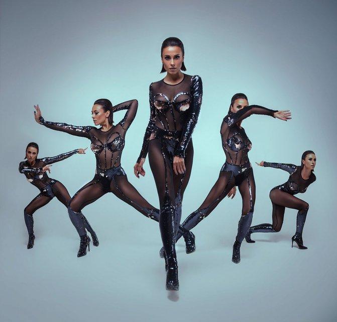 Экс-NIKITA Анастасия Кумейко полностью разделась для рекламы - фото 68420
