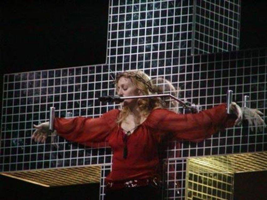 День рождения Мадонны - 59 лет: Как менялась певица на протяжении своей карьеры (фото) - фото 66952
