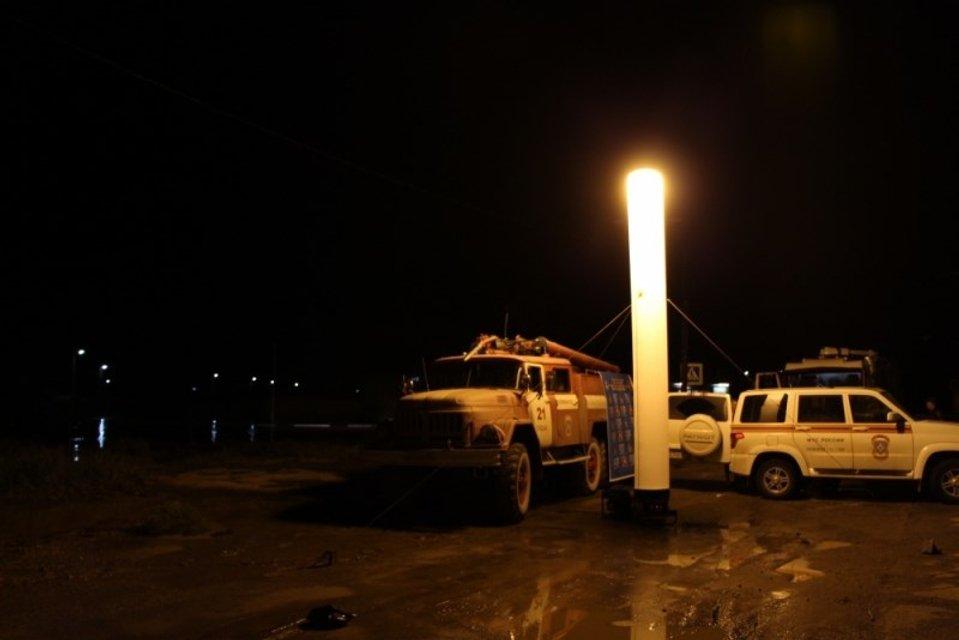 Возле Судака в Крыму сильным сходом водно-грязевого потока снесло 15 автомобилей  - фото 68017