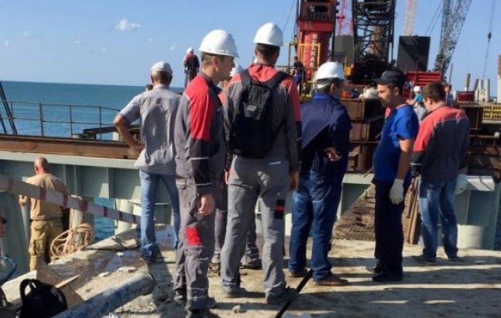 ЧП на строительстве Керченского моста: 18 человек погибло, 34 госпитализированы - фото 69444