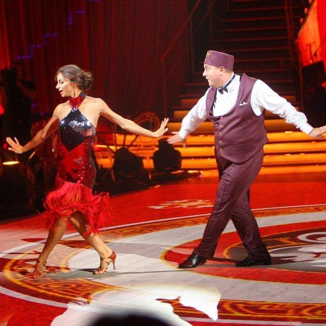 Танці з зірками: Юрий Ткач и Илона Гвоздева - фото 69681