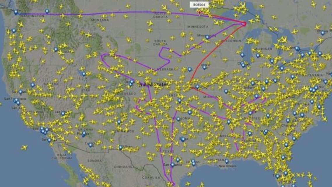 Самолет Dreamliner нарисовал на радарах свой силуэт - фото 63468