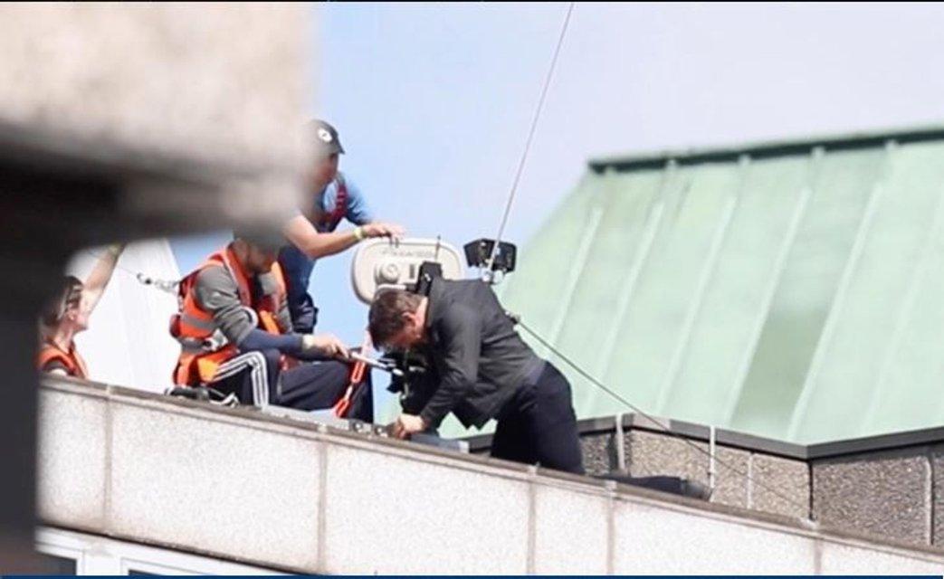 Том Круз на съемках фильма Миссия: невыполнима 6 - фото 66082