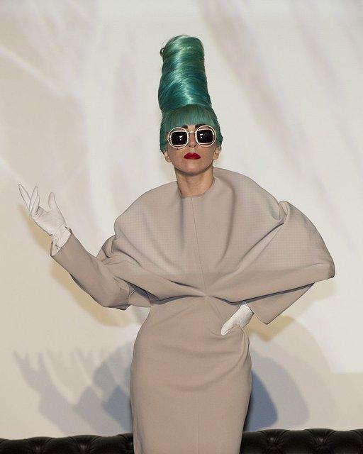 Леди Гага готовит шестой музыкальный альбом - фото 70292