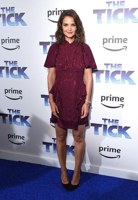 Кэти Холмс поразила фанатов ультракоротким платьем на премьере - фото 67322