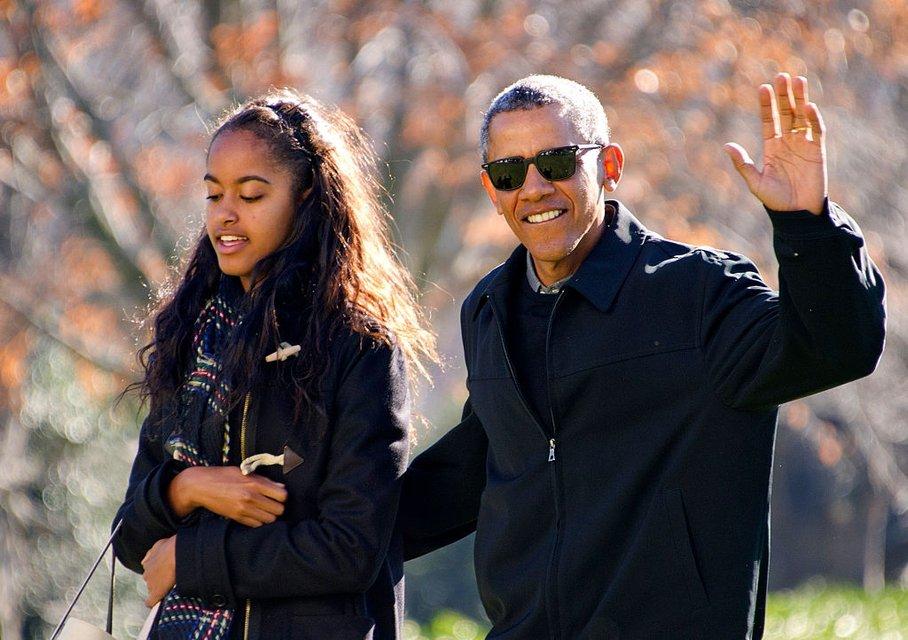 Барак Обама с Малией - фото 64256