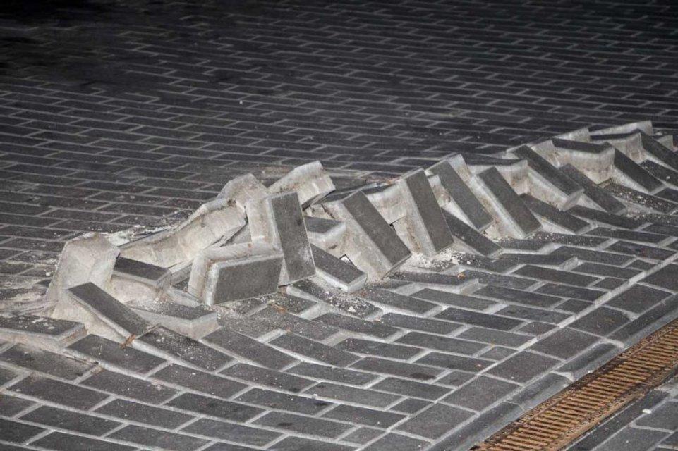 В Днепре на АЗС прогремел мощный подземный взрыв - фото 64727