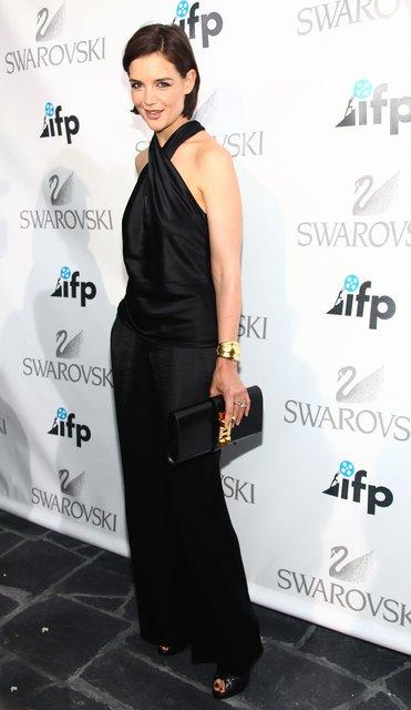 Кэти Холмс поразила фанатов ультракоротким платьем на премьере - фото 67330