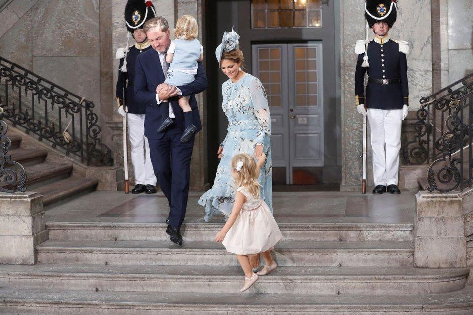 Шведская принцесса Мадлен c cемьей - фото 69757