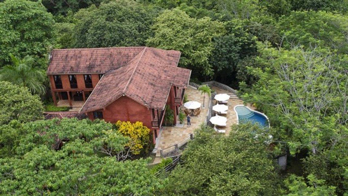 Мел Гибсон продает шикарное поместье площадью 162 га - фото 65121