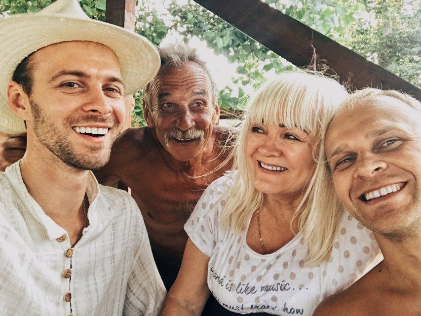 Макс Барских откровенно рассказал об украинском гражданстве и квартире в Лос-Анджелесе - фото 66705