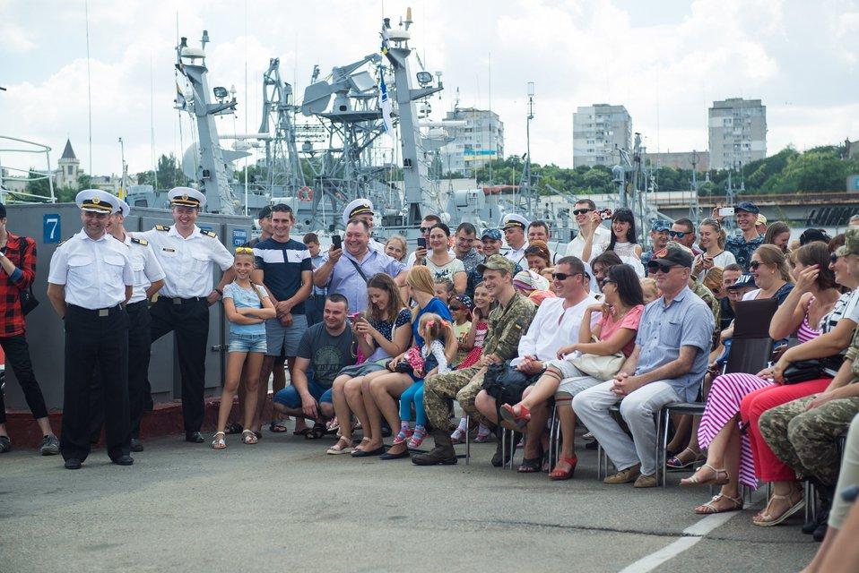 Зеленский, Кошевой и Казанин встретились с украинскими моряками в Одессе - фото 63691