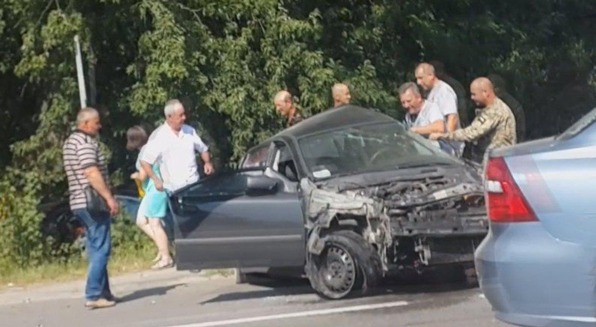"Камеры наблюдения сняли, что Петр Дыминский находился за рулем ""Мерседеса"" перед аварией - фото 69101"