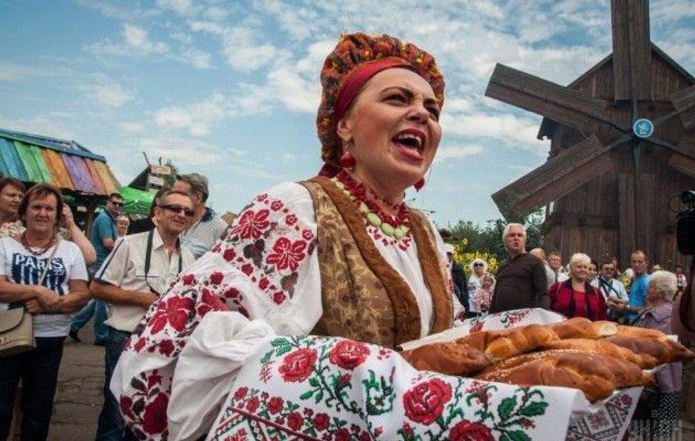 Сорочинская ярмарка 2017: концерт Тины Кароль и Ирины Билык, программа и билеты - фото 67394
