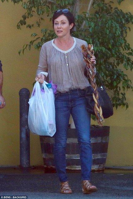 Шэннен Доэрти восхитила внешним видом после победы над раком - фото 69028