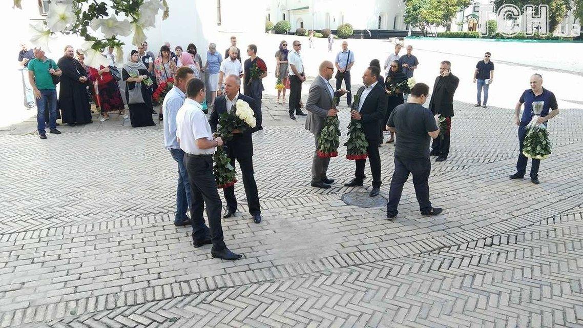 """Нардепы """"Оппоблока"""" на похоронах Бережной - фото 65241"""