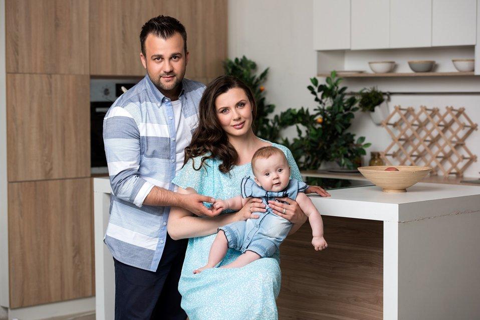 Алексей Душка с дочкой и женой - фото 64948