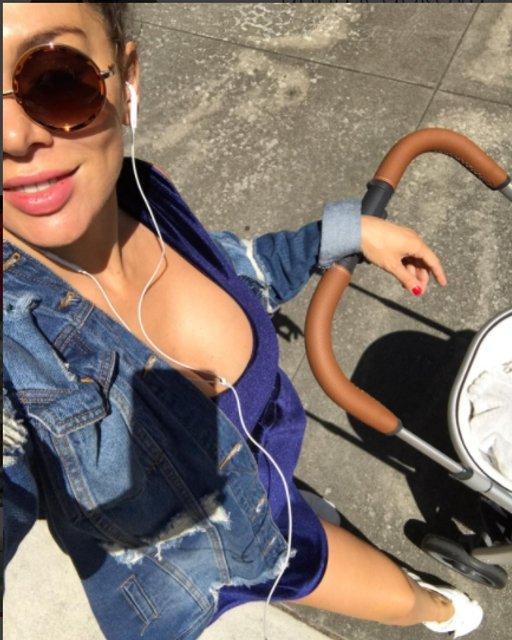 Анна Седокова показала грудь на откровенных фото - фото 66294