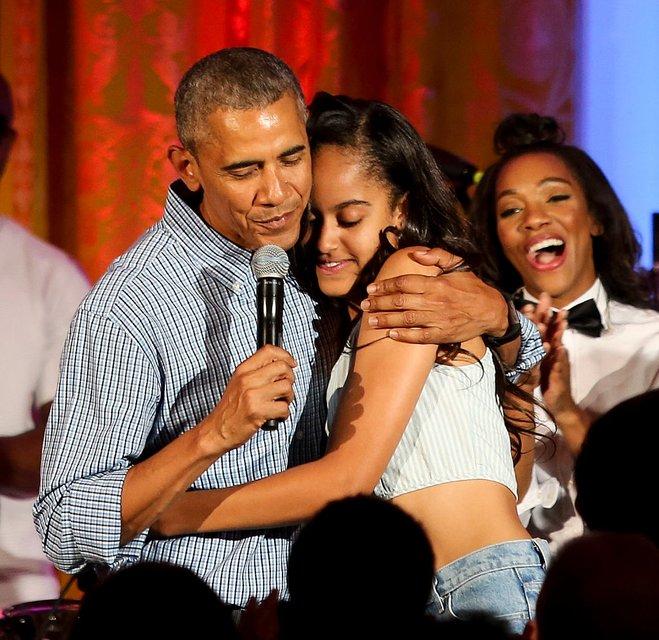 Барак Обама с Малией - фото 64259