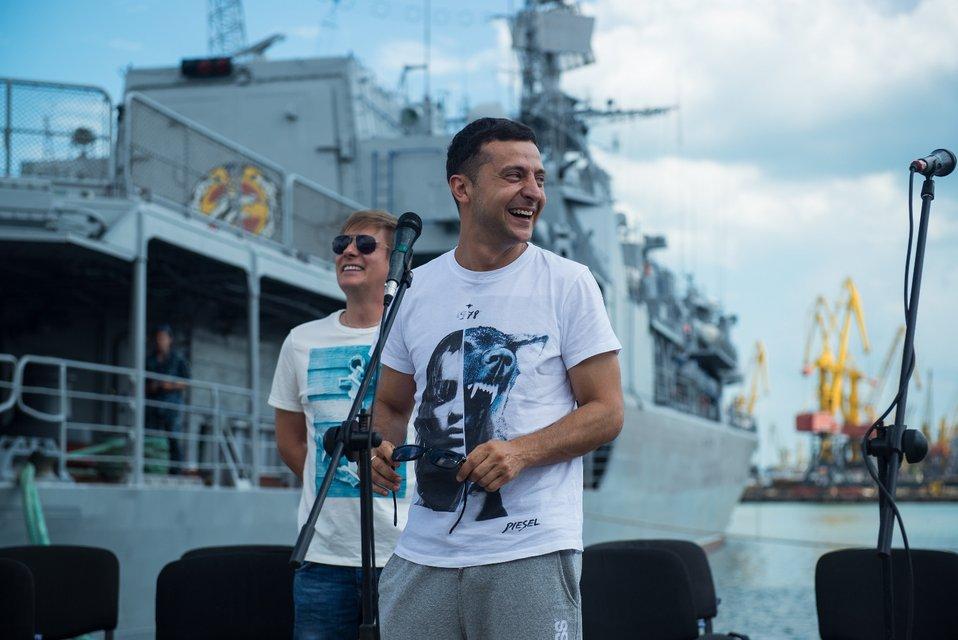 Зеленский, Кошевой и Казанин встретились с украинскими моряками в Одессе - фото 63688