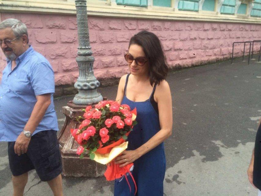 Мила Кунис приехала в Черновцы - фото 64002