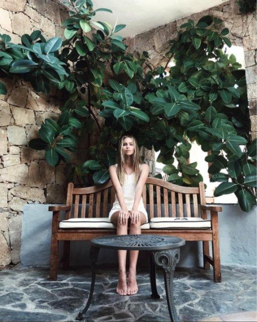 Соня Евдокименко покорила стройной фигурой на отдыхе - фото 64801