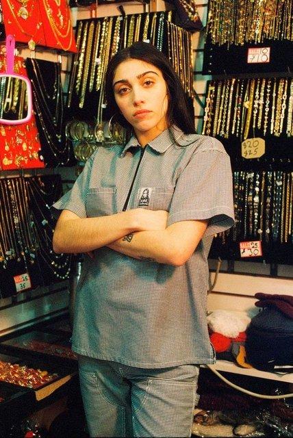 Дочь Мадонны Лурдес Леон стала лицом феминистского бренда одежды - фото 68589
