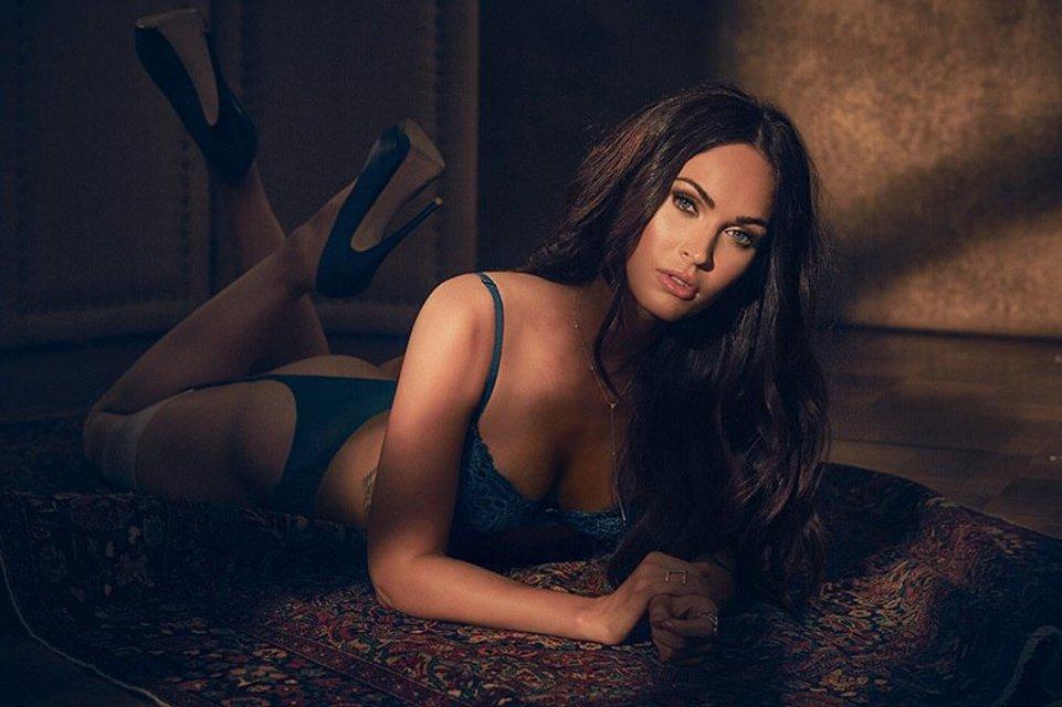 Меган Фокс снялась в откровенной рекламе нижнего белья собственного дизайна - фото 70353