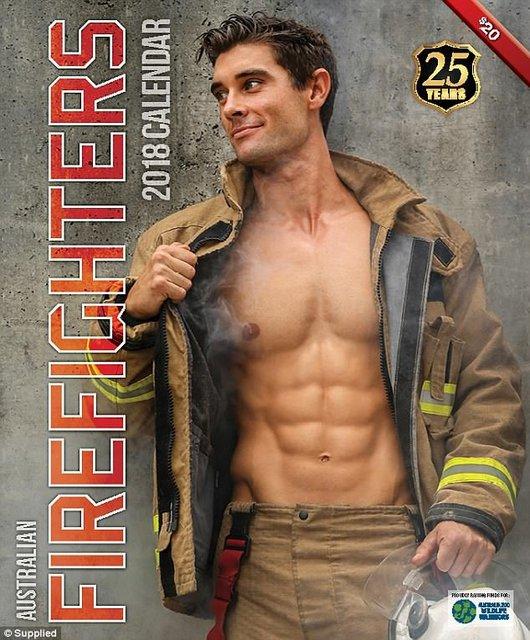"""Сеть """"взорвал"""" календарь с обнаженными пожарными Австралии - фото 63531"""