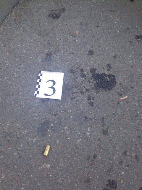 Возле столичного ж/д вокзала произошла стрельба, есть раненые - фото 65224