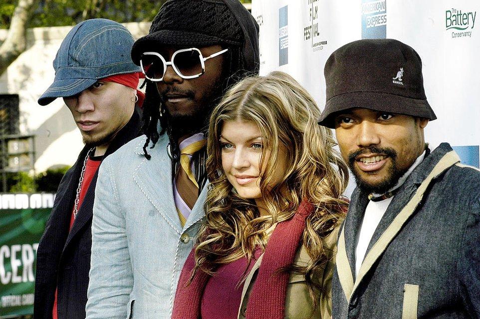Ферги в составе группы The Black Eyed Peas - фото 65777