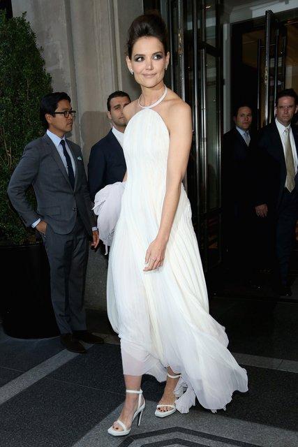 Кэти Холмс поразила фанатов ультракоротким платьем на премьере - фото 67331