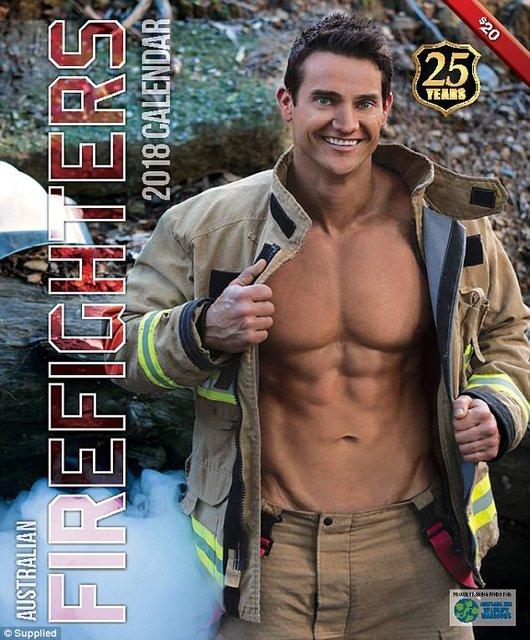 """Сеть """"взорвал"""" календарь с обнаженными пожарными Австралии - фото 63521"""