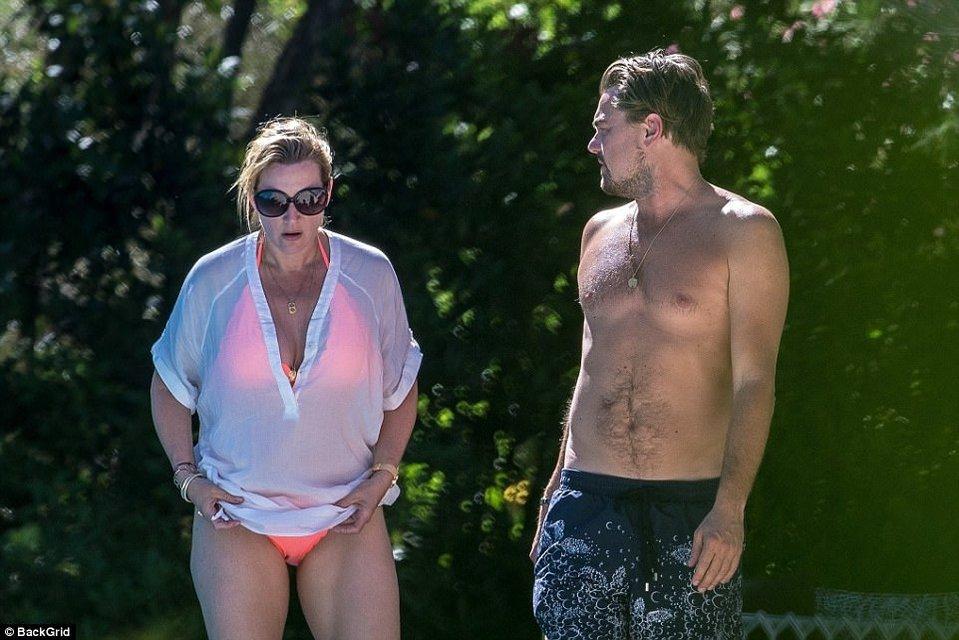 Кейт Уинслет и Леонардо Ди Каприо поплескались в бассейне на вилле в Сан-Тропе - фото 67192