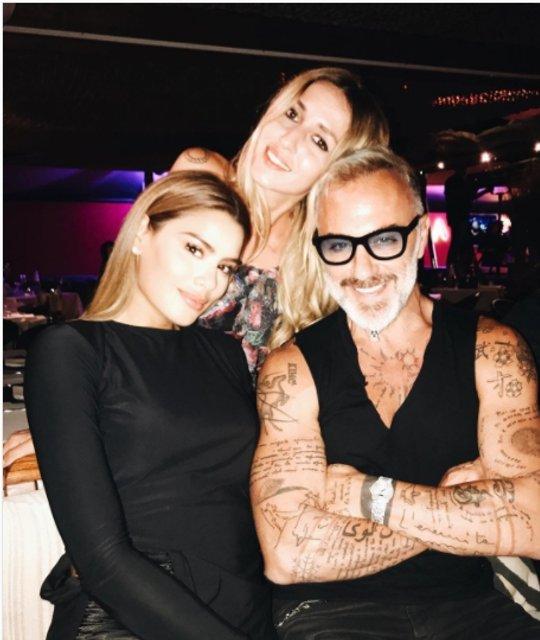 Джанлука Вакки отметил 50-летие с друзьями и любимой в клубе - фото 64133