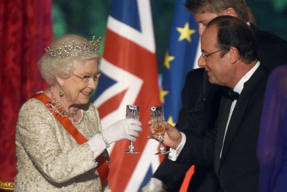 Королева Елизавета II - фото 62736