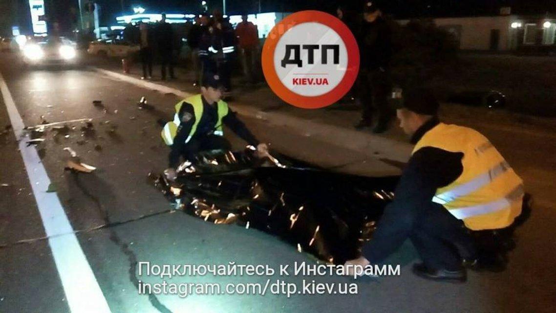 В жутком ДТП в Киеве погиб бывший охранник Порошенко - фото 70536