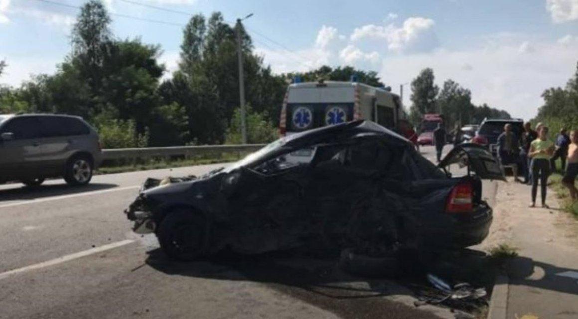 Автомобиль владельца популярного телеканала попал в ДТП, есть погибшие - фото 67868