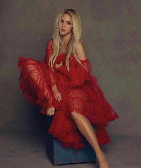 Шакира поразила красотой на обложке популярного глянца - фото 69269