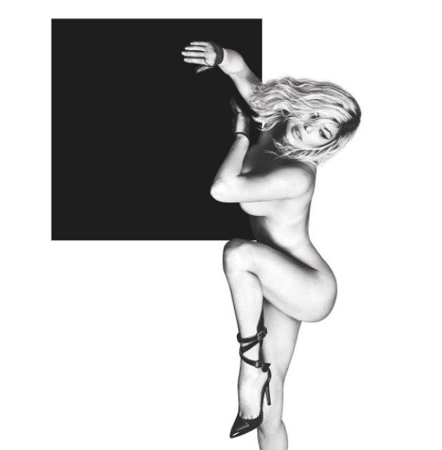 Ферги обнажилась для рекламы нового альбома - фото 66874