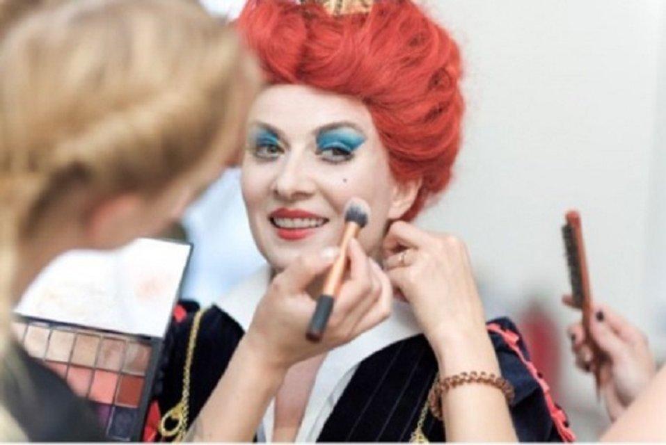Жанна Бадоева примерила образ Червонной Королевы - фото 68161