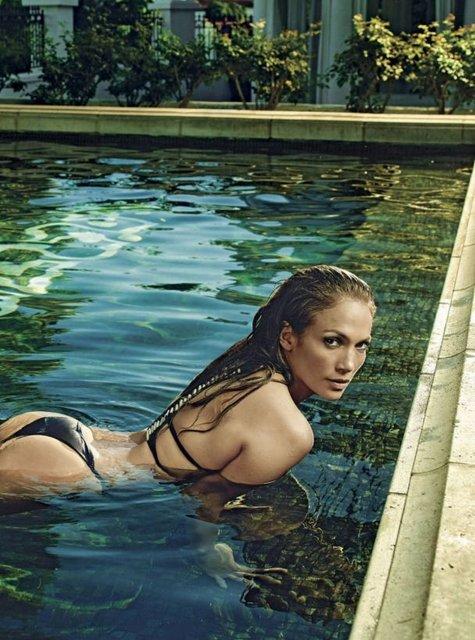 Горячая штучка: Дженнифер Лопес в купальнике на обложке мексиканского глянца - фото 70274